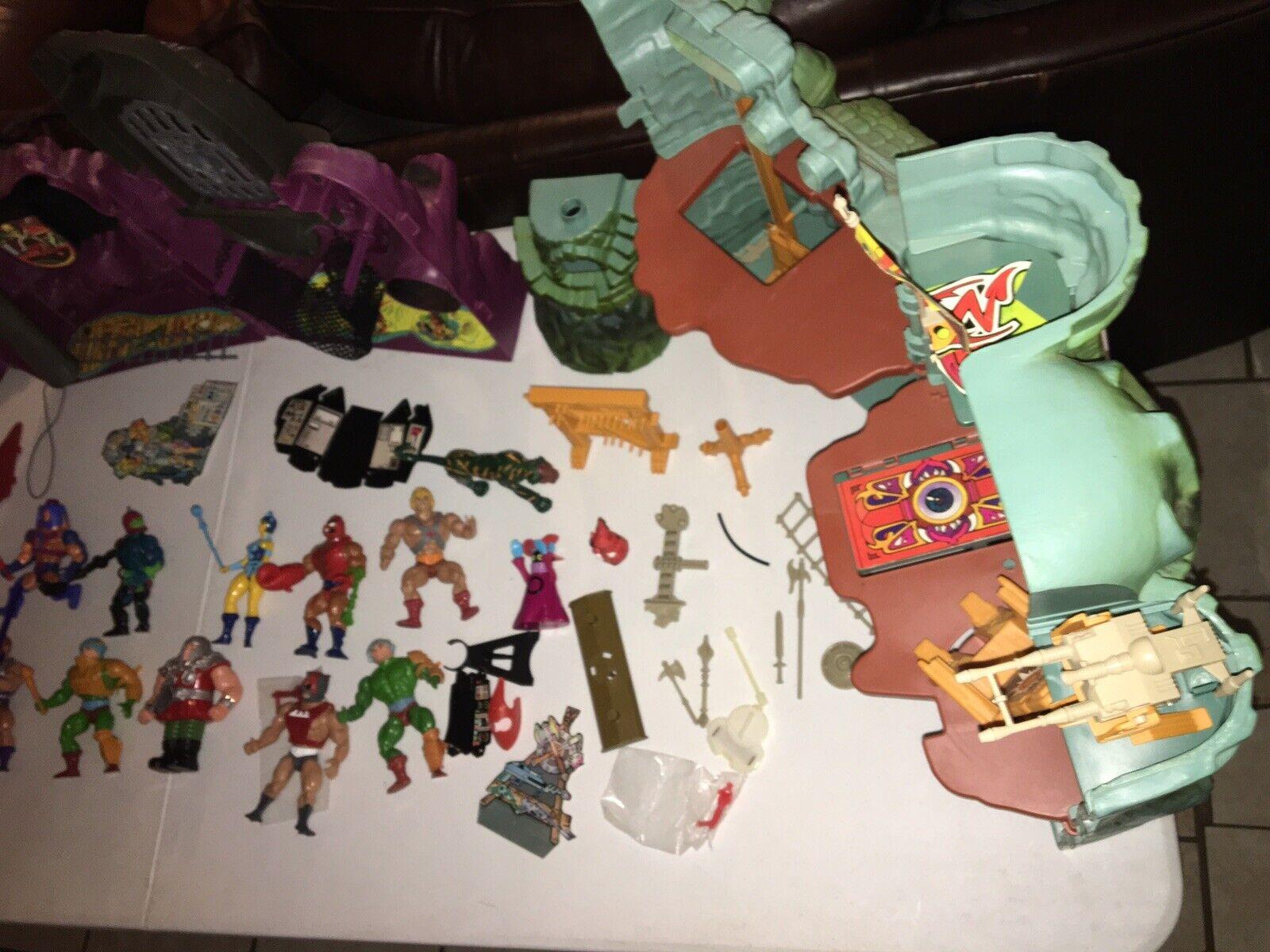 1980s Huge Lot Of Vintage He-Man MOTU Figures,Vehicles,& Castles