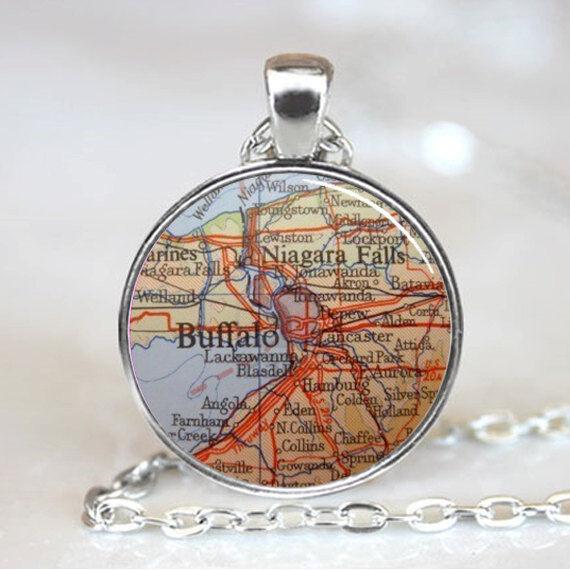 Vintage Buddhist Cabochon Tibetan silver Glass Chain Pendant Necklace