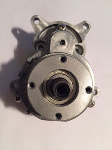 6 Ryobi 220043010 Output Gear and Shaft Assembly W//Gear Box Cover