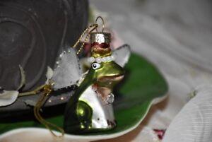 Rana RE/Elfo con ali di vetro sottile, 2 variazioni sulla scelta  </span>