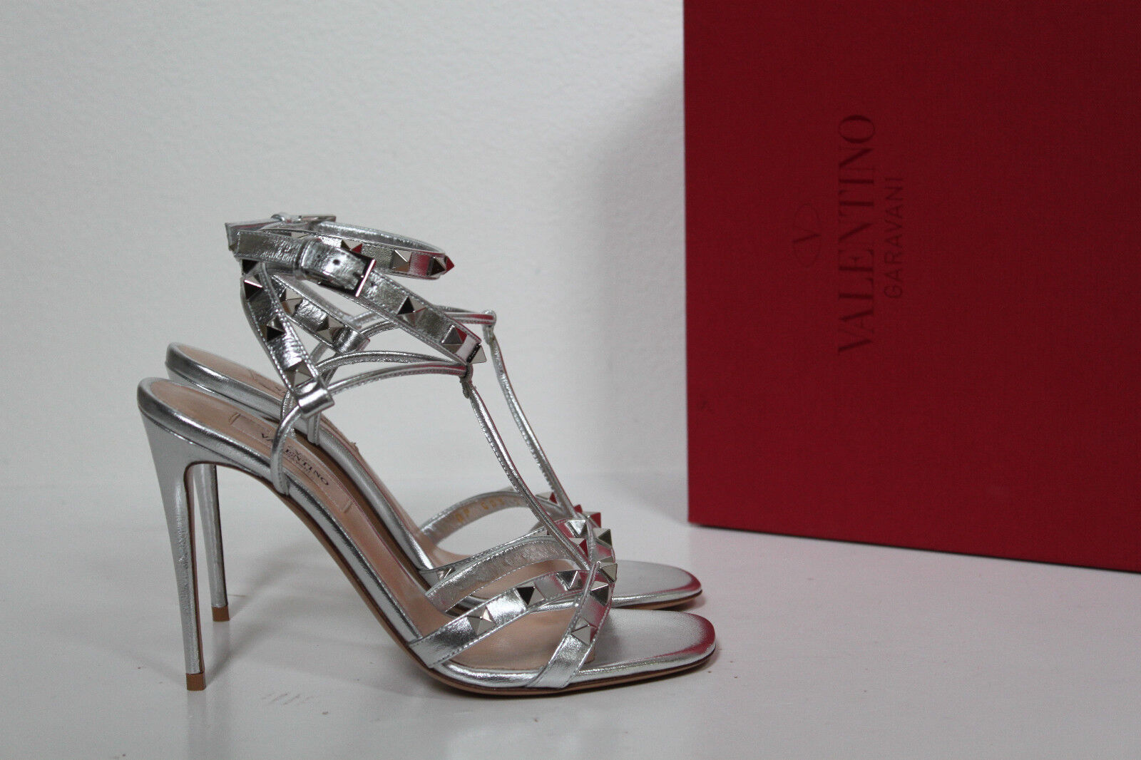 Sz 9   39 39 39 Valentino Rockstud Metallic Silber T-Strap Leather Caged Sandal schuhe 14c06b