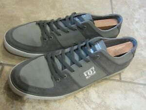 DC Shoes Mens Skateboarding Shoes Size
