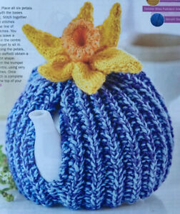 KNITTING-PATTERN-Textured-Tea-Cosy-topped-Daffodil-Flower-Home-Cascade-Aran