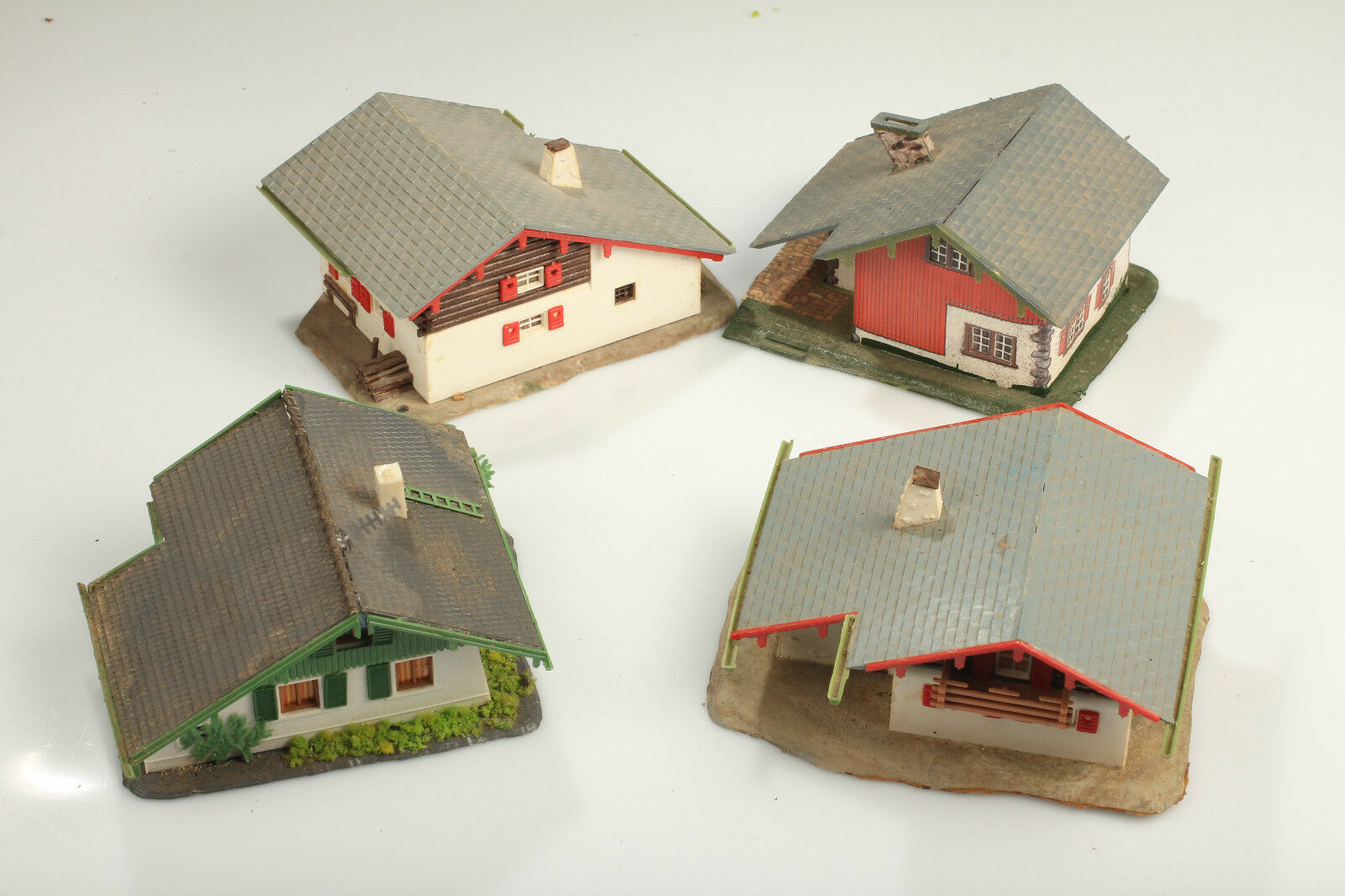 H0 Bundle 4 houses  Live in Bavaria  - Dirt DEFECTS dismantling