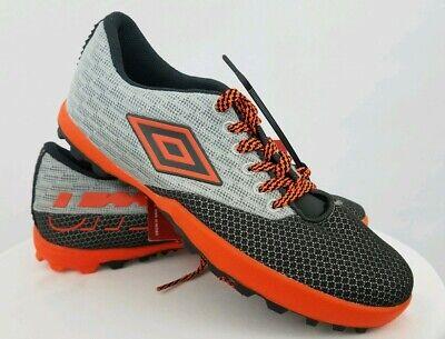 umbro brand shoes