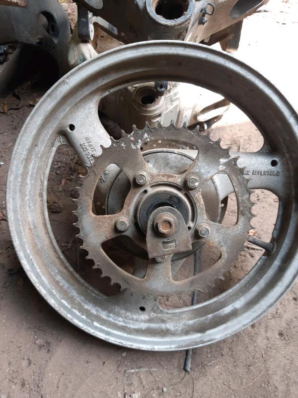 Suzuki 3.5 rear wheel