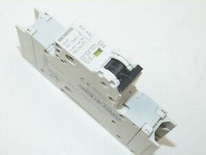 Siemens 5SJ4 118-8HG41 1p 15a 240v Circuit Breaker NEW