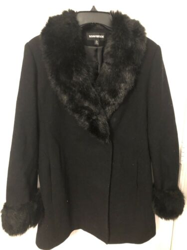 Donnybrook Black Jacket With Fur Collar And Sleeve