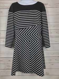 BCBG Max Azria 3/4 Sleeve A Line Striped/Geometric Dress Size Large