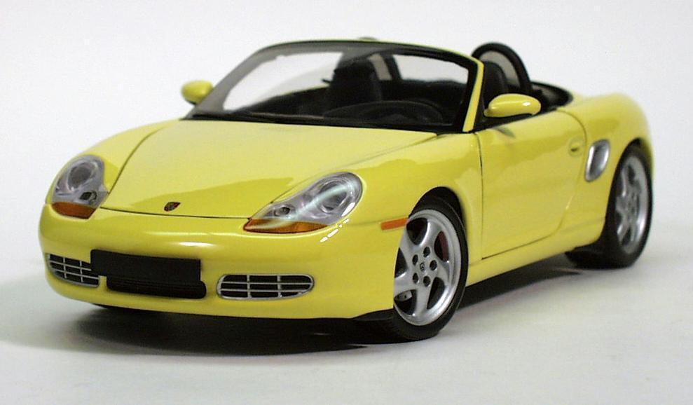 1 18 UT UT UT Models Porsche Boxter S purple, yellow MIB 29ff3f