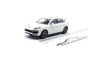 870067204-Minichamps-Porsche-Cayenne-2017-Weiss-1-87