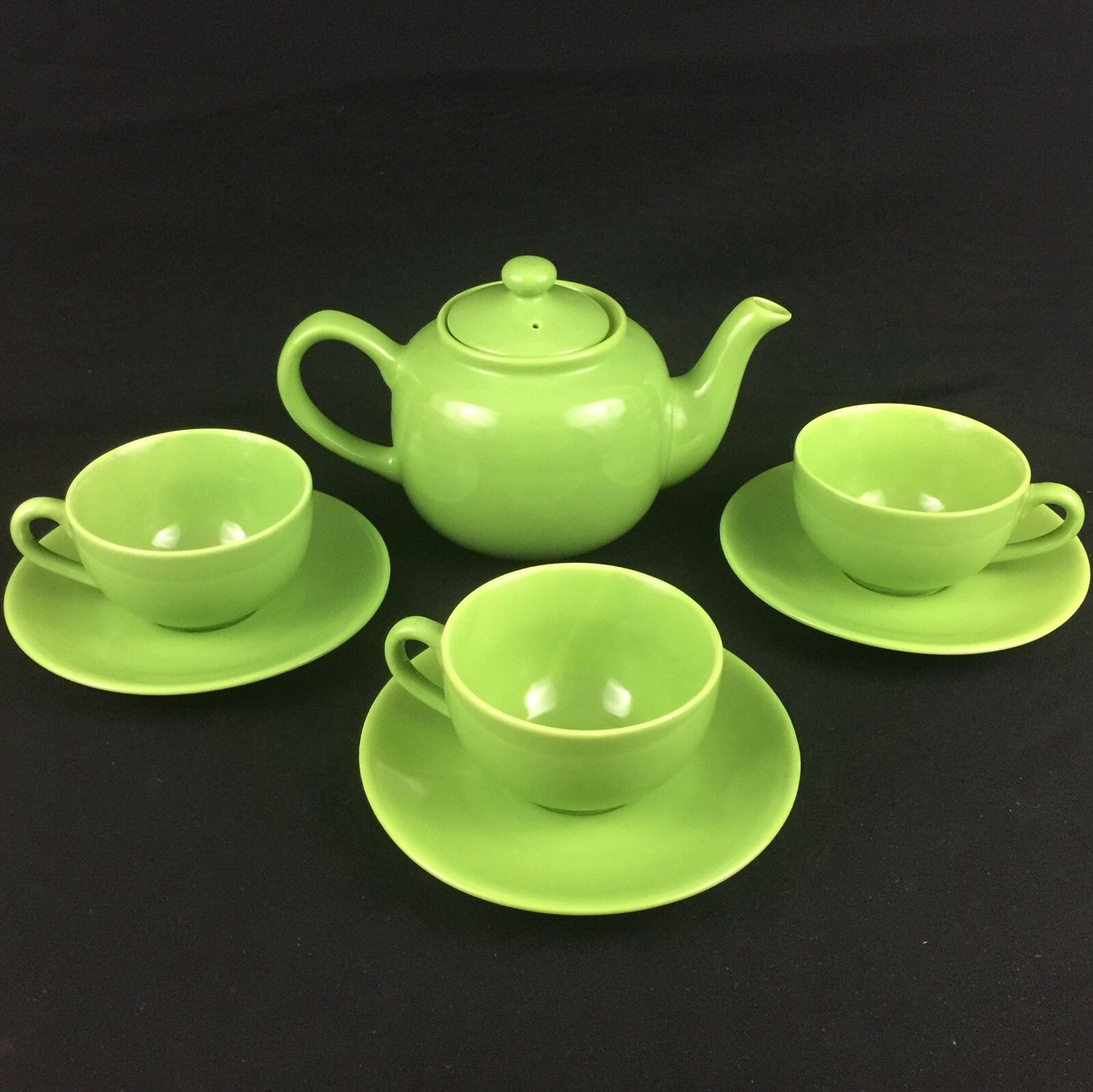 VTG Old Amsterdam Porcelain Works 1701 Bright Green Teapot 3 Cups and SaucersTwo