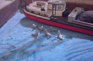 6-Seehunde-Spur-N-1-160-Robben-Figuren-Meer-Tiere