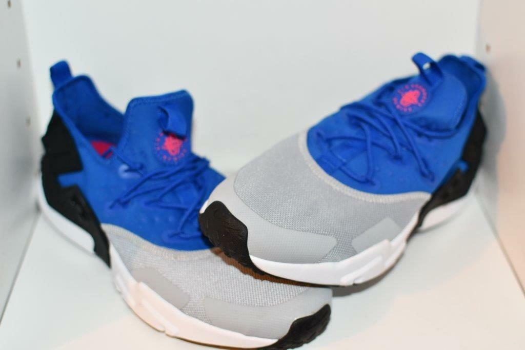 NIKE AIR HUARACHE DRIFT  MENS SHOES - MENS SIZE 9