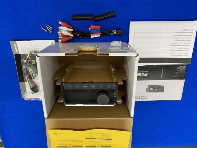 Fusion MS-RA210 Stereo, AM/FM/Bluetooth/USB 010-02250-00