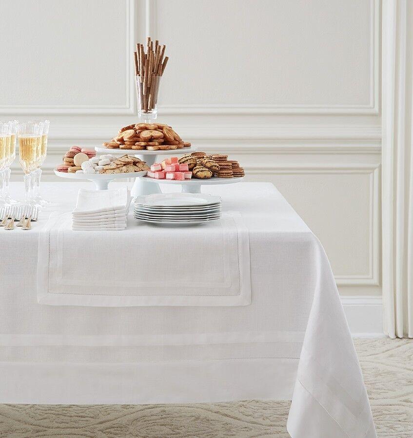 Sferra Tipton Tablecloth - 66x124