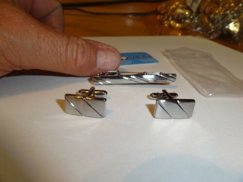 MENS FASHION JEWELRY TIE CLIP AND SET OF CUFFLINKS