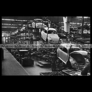 pha-002744-Photo-VOLKSWAGEN-KAFER-BEETLE-COCCINELLE-ASSEMBLY-LINE-Car-Auto