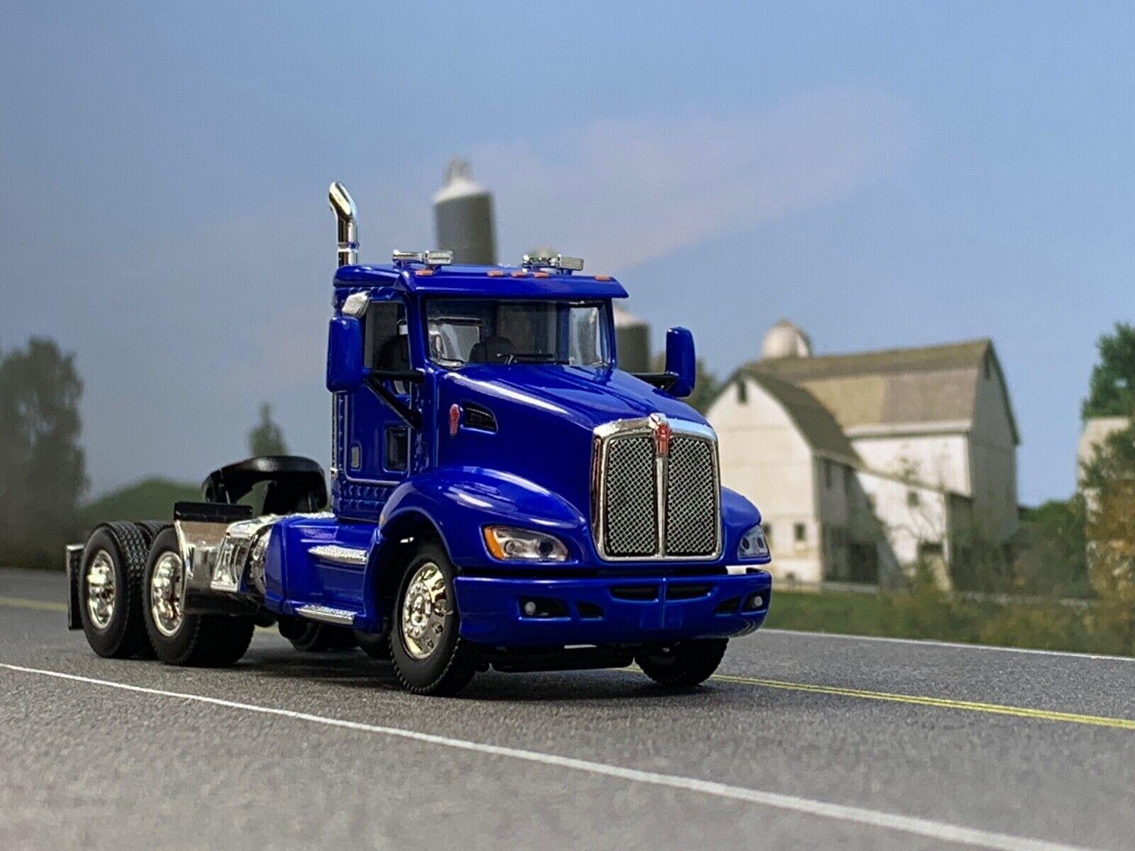 1 64 DCP Blau T660 KENWORTH DAY CAB