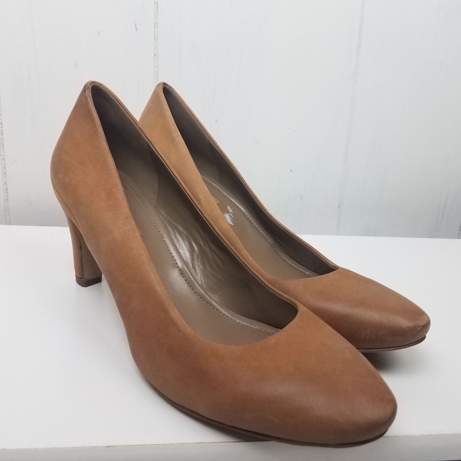 Ecco Sz 42 Tan Leather Pump Heels Round Toe Soft Comfort Womens 8 8.5 Classic