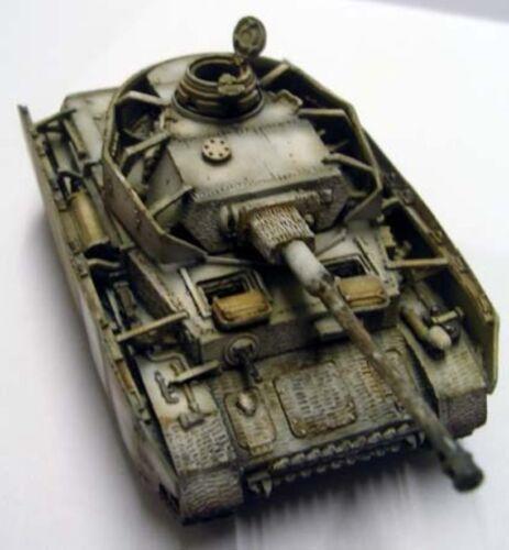 Milicast BG117 1//76 Resin WWII German Panzer IV Ausf H with Shurtzen