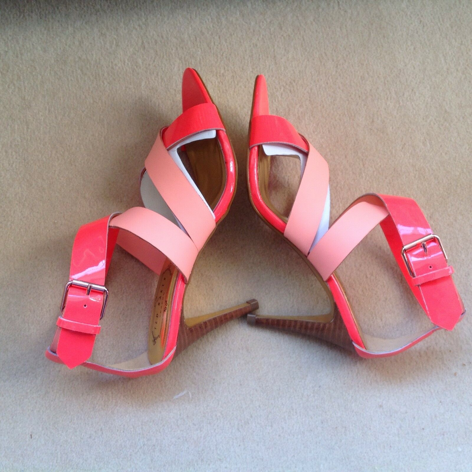TED BAKER Gladiator Heel Sandales in Pink and Orange.NEU 4 UK.