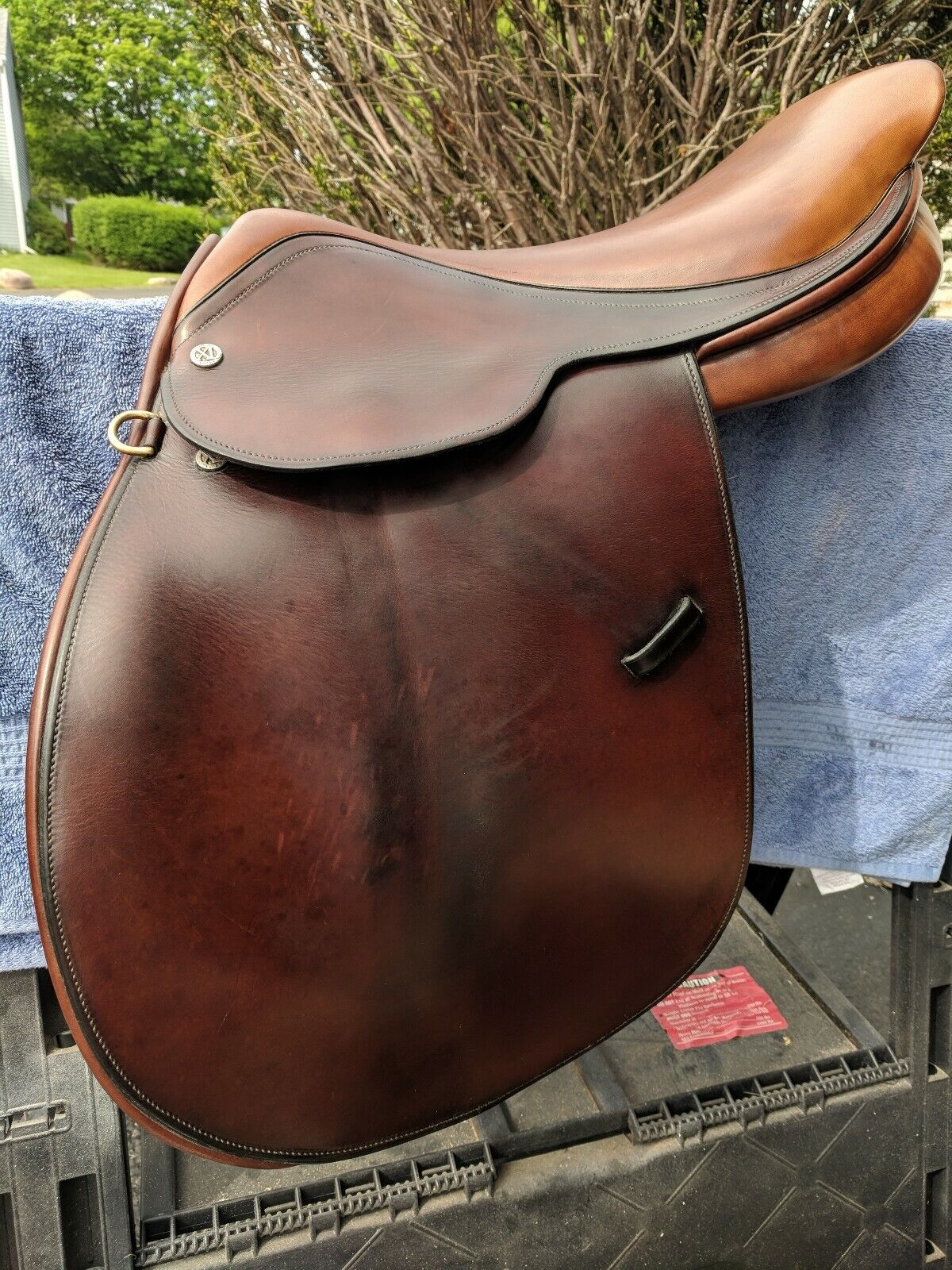 Crosby XL E Huntseat Equitation Saddle 17in
