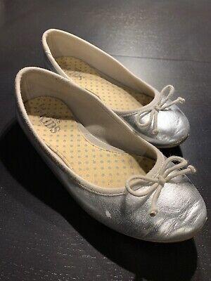 Genuine M\u0026S Kids Size 2 Flats Shoes