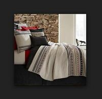 Cremieux Hunter Queen Quilt Set 3pc 100% Cotton Southwestern Red Blue Black Full