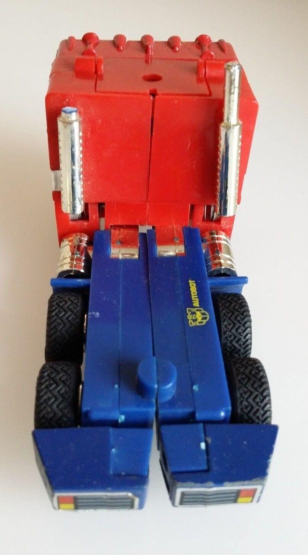 Transformers G2 Optimus Prime Prime Prime with Trailer 9a2c90