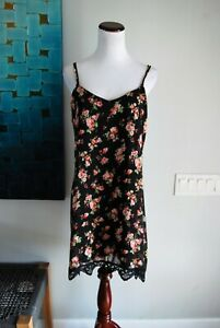 28833238b3ef1 Pins and Needles UO Black Floral Slip Dress Size L Strappy Lace ...