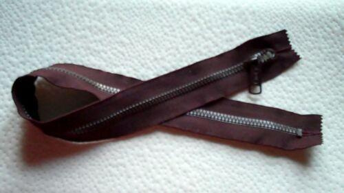 22 inch Dark Burgundy #5 Vislon C/&C 2 closed ends Long Pull Zipper New!