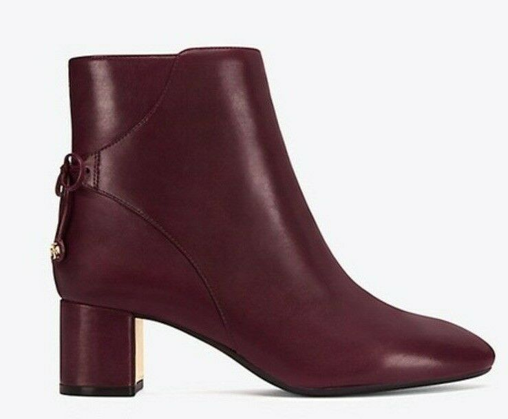 prodotto di qualità NEW Tory Burch LAILA 50 avvioIE Leather MAROON Burgundy Burgundy Burgundy Ankle stivali scarpe 9.5  acquista marca