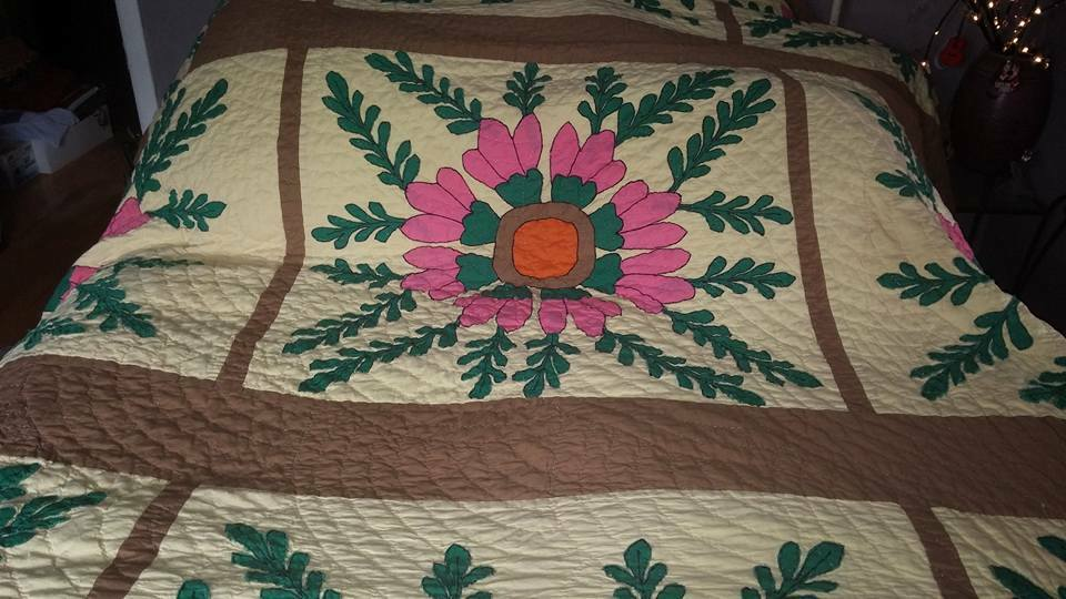 Vintage Bright Funky Mid Century Abstract Art Floral Applique Patchwork Quilt