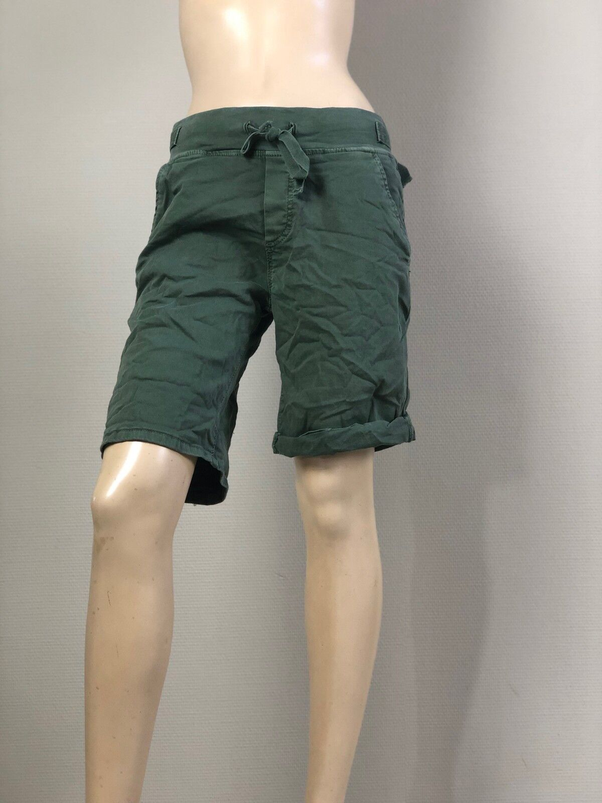 Melly&Co khaki oliv grün Jogging-Style-Shorts Bermuda sportlich Hose XS S M L XL | Der Schatz des Kindes, unser Glück  | Neu  | Hochwertige Materialien  | Beliebte Empfehlung