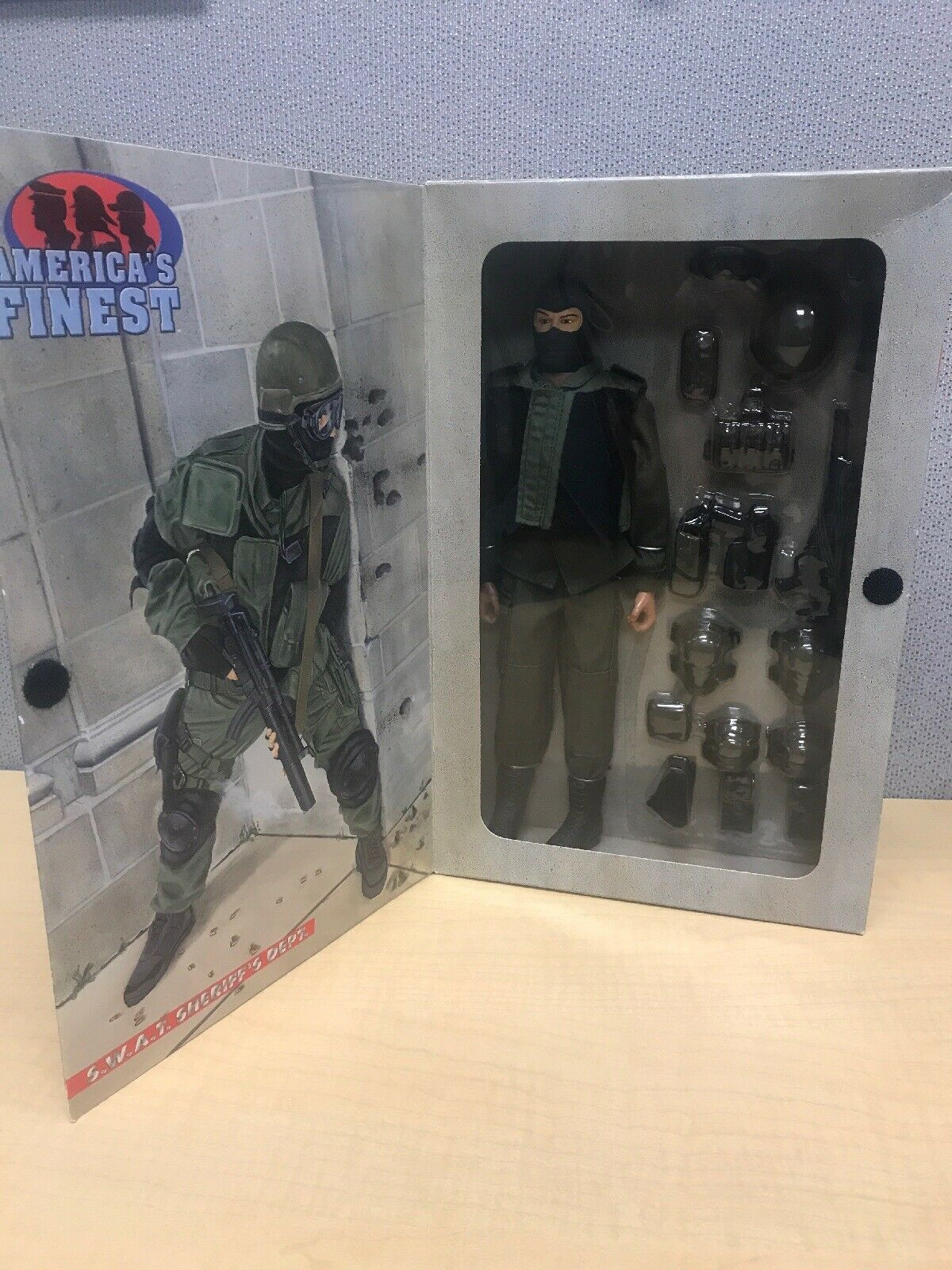 America's finest SWAT SHERIFF'S DEPT. 12  Action Figure. 21st Century Toys
