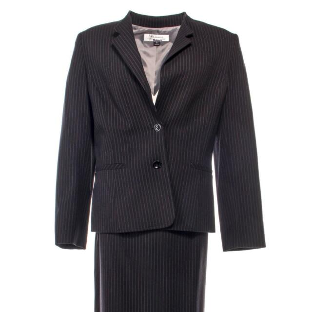 House of Cards Catherine Durant Jayne Atkinson Screen Worn Tahari Suit Ep 406