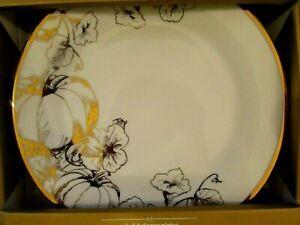 LUXE-by-CIROA-PUMPKIN-DINNER-PLATES-METALLIC-GOLD-WHITE-THANKSGIVING-Set-4-NIB