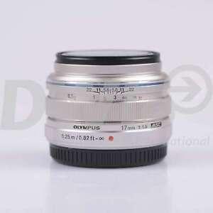 Olympus-M-ZUIKO-Digital-17mm-f-1-8-Obiettivo-Argento