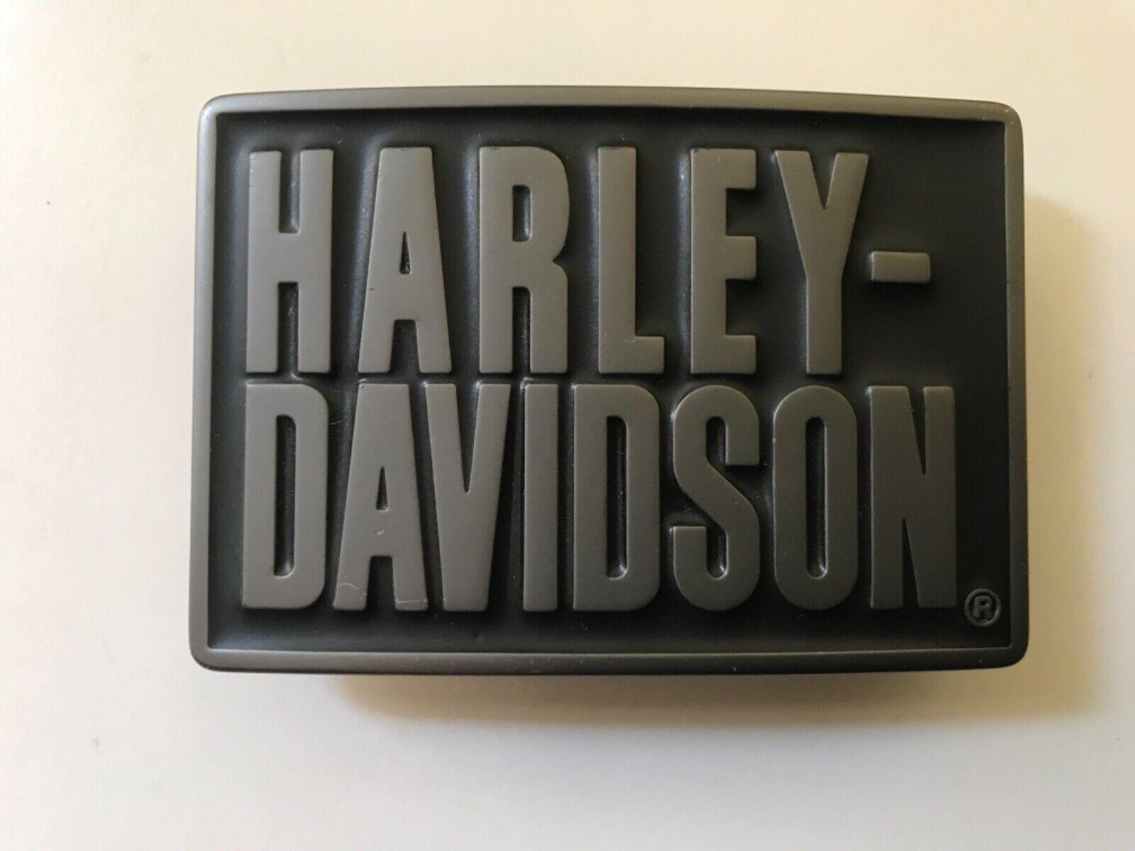 """Harley-Davidson men's """"Classic Font"""" belt buckle. #97752-07V.Gunmetal plaited."""