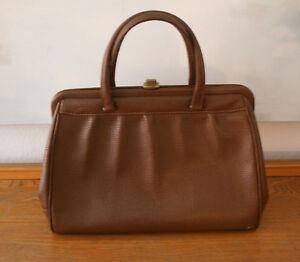 23739e3097a42a Das Bild wird geladen Vintage-Tasche-antike-grosse-Handtasche-Leder -braun-Original-