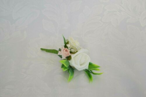 Ladies corsage buttonhole groom Wedding corsage with 3 roses light pink