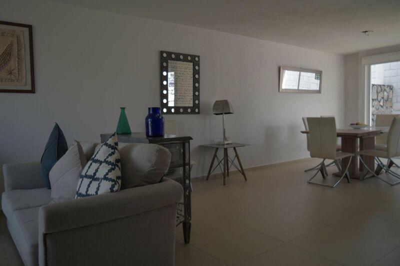 Casa en Venta en Jardines de la Hacienda en Cocoyoc, 3 recámaras.