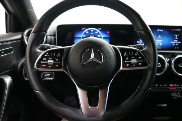 Mercedes A180 d 1,5 Business Progressive Line aut. billede 3