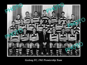 OLD-8x6-HISTORICAL-PHOTO-OF-THE-GEELONG-FC-1963-PREMIERSHIP-TEAM
