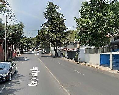 VENTA DE CASA EN COL. LOMAS DE AXOMIATLA (VILLA VERDÚN)