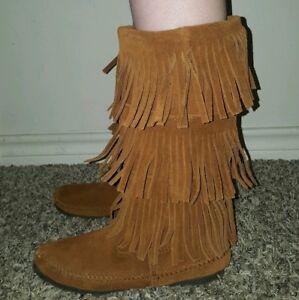 Minnetonka 6.57 fringe boots