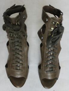 Paire-de-chaussures-Guess-pointure-35
