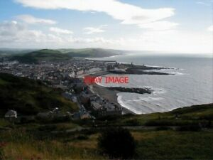 PHOTO-2004-ABERYSTWYTH-VIEWED-FROM-CONSTITUTION-HILL-A-VERY-WELL-KNOWN-VIEW-OF
