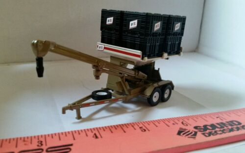 1//64 CUSTOM HIGH DETAIL FS FARM SERVICES SEED BOX TENDER SPEC CAST ERTL FARM TOY